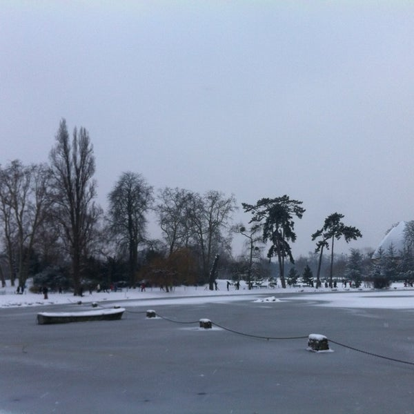 Photo taken at Lac Daumesnil by Jonathan S. on 1/20/2013