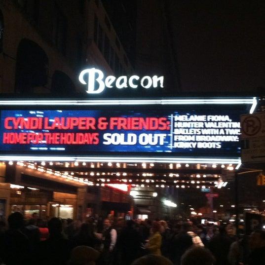 รูปภาพถ่ายที่ Beacon Theatre โดย Keith K. เมื่อ 12/9/2012