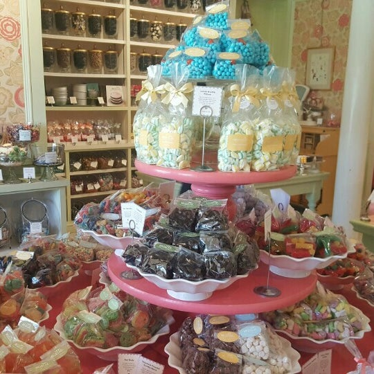Photo taken at Miette Patisserie by Parris K. on 4/23/2016