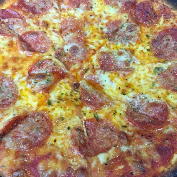 Photos at La Terrazza Pizzeria - Pizza Place in 中西区