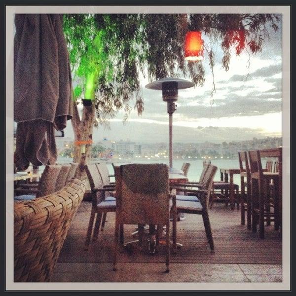 1/30/2013 tarihinde Melike K.ziyaretçi tarafından Cafe Marin'de çekilen fotoğraf