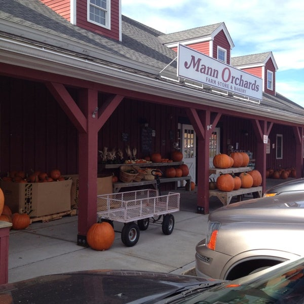 Photo taken at Mann Orchards Farm Store & Bakery by Christopher A. on 10/25/2013