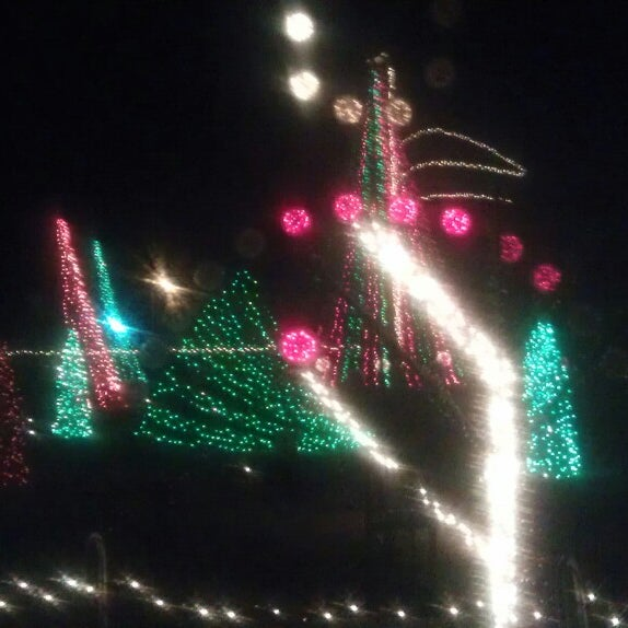 Photos at Lake Myra Christmas Light Show (Now Closed) - General ...