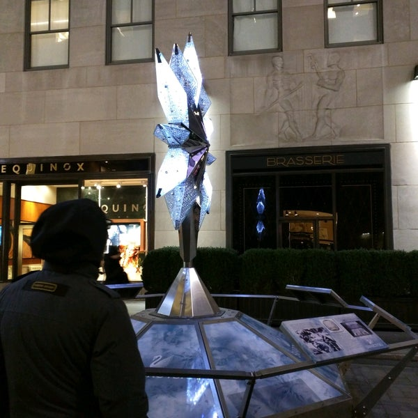 50 Rockefeller Plaza - Office in New York