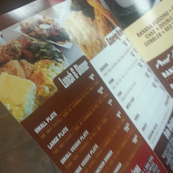 Photo taken at Nana's Soul Food Kitchen by Juss J. on 12/3/2013