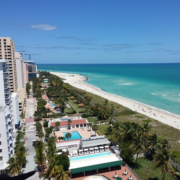 Photo taken at The Perry South Beach Hotel by steve h. on 4/2/2014