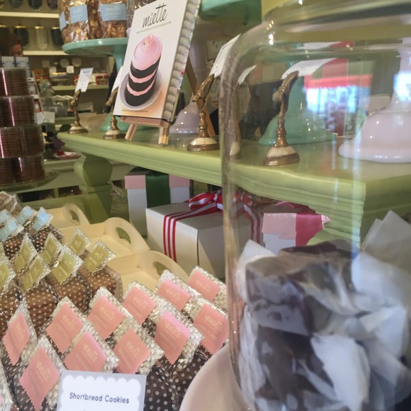 Photo taken at Miette Patisserie by Isabel R. on 8/14/2016