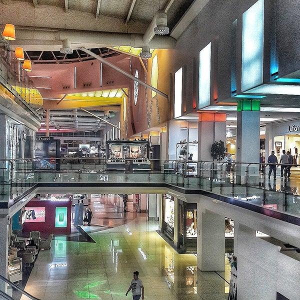 10/26/2017 tarihinde Kerem G.ziyaretçi tarafından Family Mall'de çekilen fotoğraf