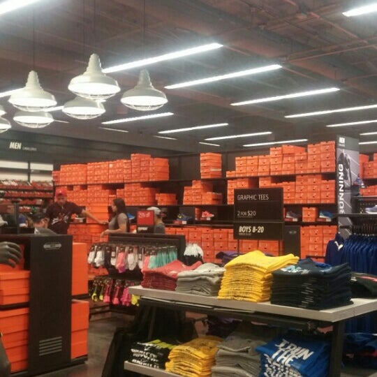 nike shoes outlet calexico 834379