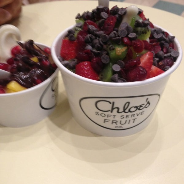 Photo taken at Chloe's Soft Serve Fruit Co. by Jeniver Z. on 3/21/2013