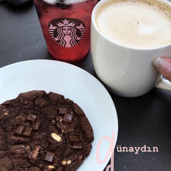 Снимок сделан в Starbucks пользователем burcu 🎀 9/3/2018