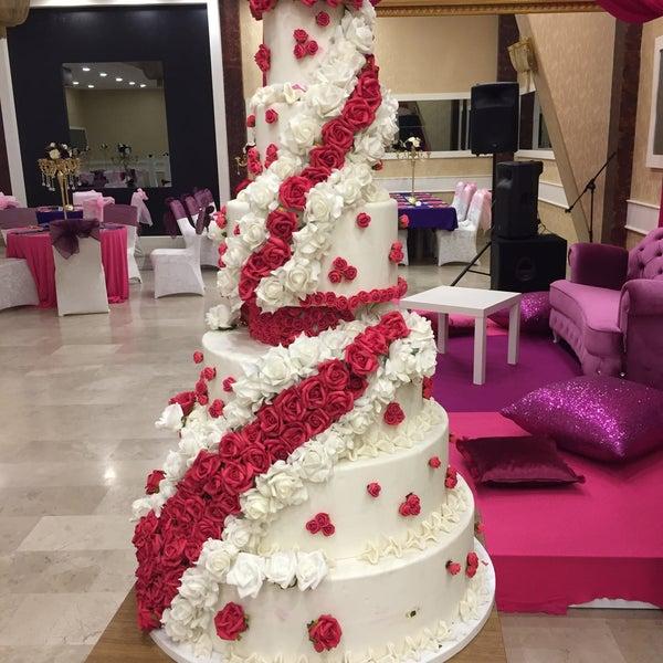 Foto scattata a Esila Hotel Ankara da Hotel E. il 9/14/2017