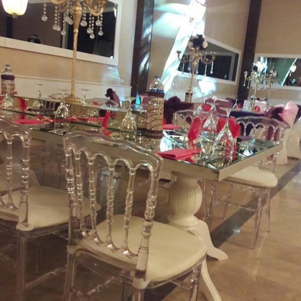 Foto scattata a Esila Hotel Ankara da Hotel E. il 9/12/2017