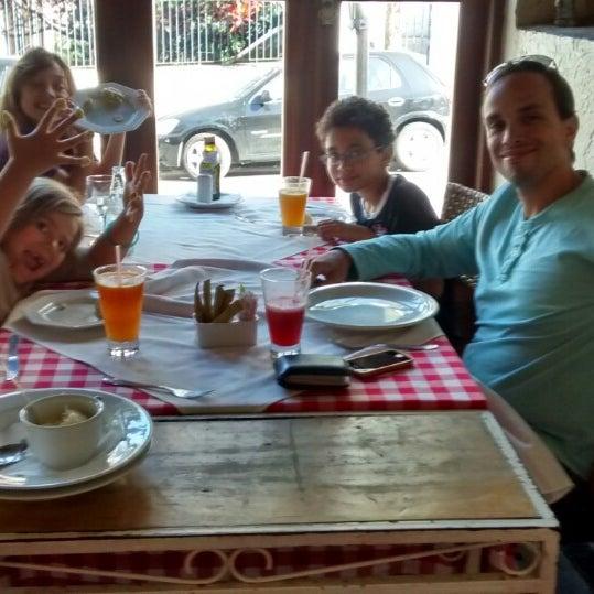 Foto tirada no(a) Di Andrea Gourmet Pizza & Pasta por Eloi P. em 8/5/2014