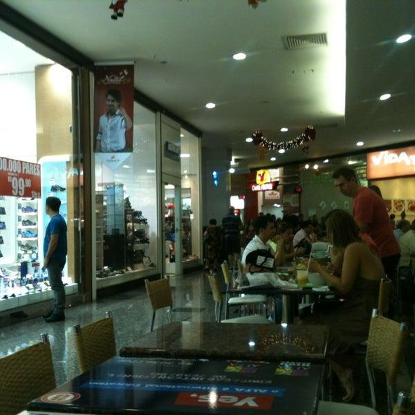 Foto tirada no(a) JL Shopping por Rony S. em 12/27/2012