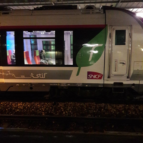 Photos at Gare SNCF de La Garenne-Colombes - Colombes - 3 tips from ...