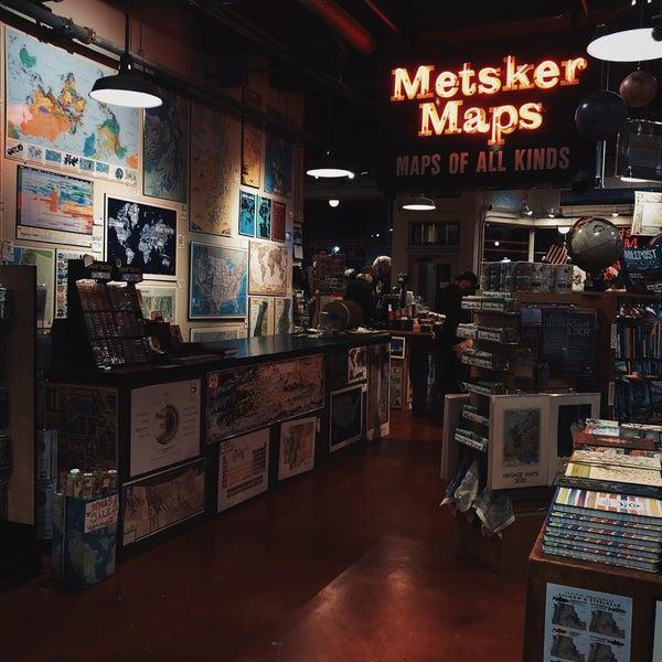 Photo prise au Metsker Maps par Nawaf ~. le11/30/2019