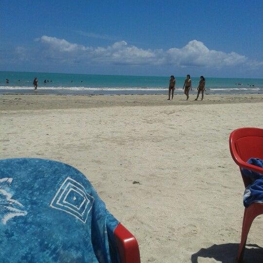 Foto tirada no(a) Praia de Paripueira por Paula P. em 11/11/2012