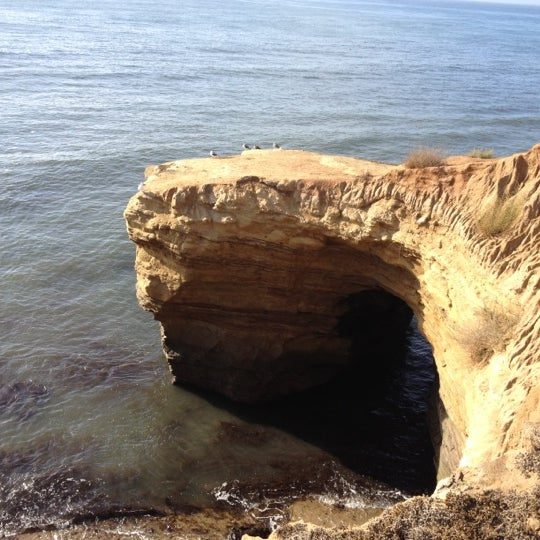 Foto tirada no(a) Sunset Cliffs Natural Park por Tony C. em 10/3/2012