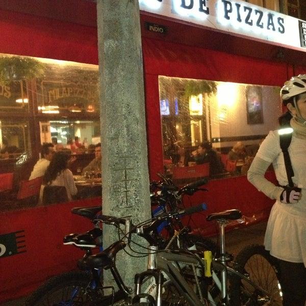 Foto tomada en Central de Pizzas por Rafas d. el 3/16/2013