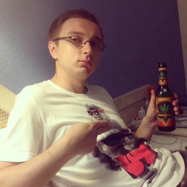 Das Foto wurde bei Алкоголизм von Andrey C. am 8/4/2013 aufgenommen