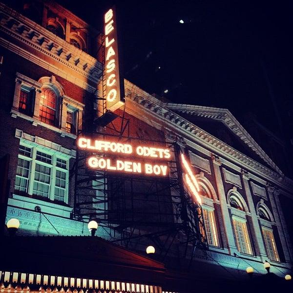 รูปภาพถ่ายที่ Belasco Theatre โดย James S. เมื่อ 11/25/2012