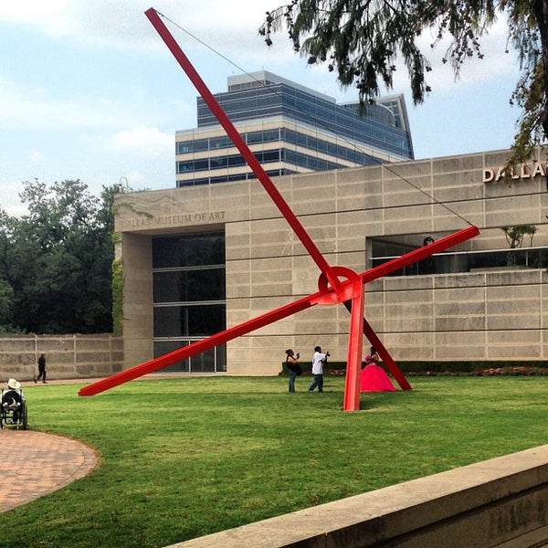 Photo taken at Dallas Museum of Art by Catherine C. on 9/15/2013