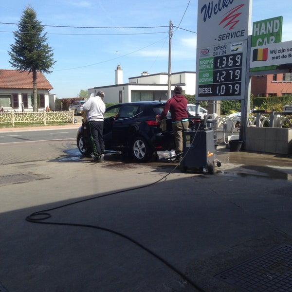 Hand Car Wash Portland