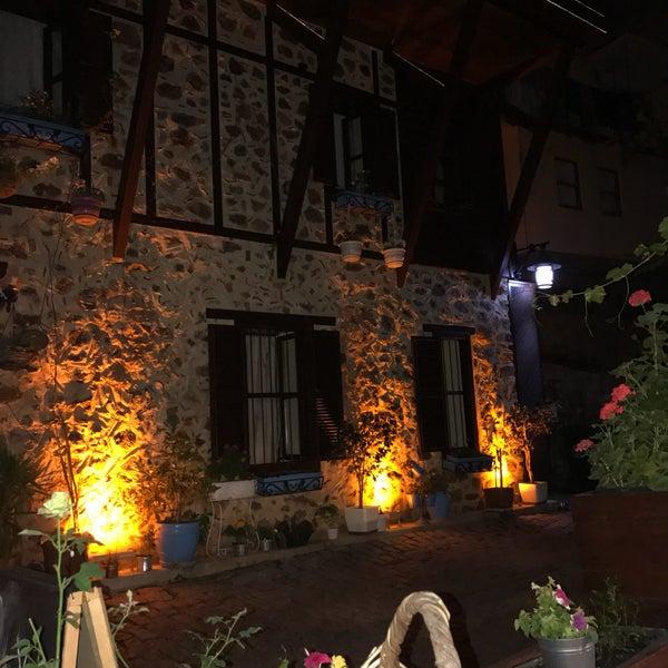 6/5/2017 tarihinde 🇹🇷Ayhan A.ziyaretçi tarafından Centauera Butik Hotel &Cafe'de çekilen fotoğraf