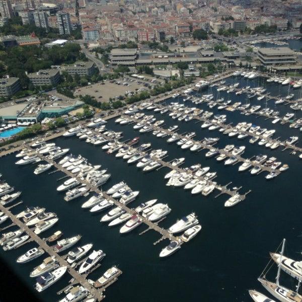 7/27/2013 tarihinde Aylin B.ziyaretçi tarafından Ataköy Marina'de çekilen fotoğraf