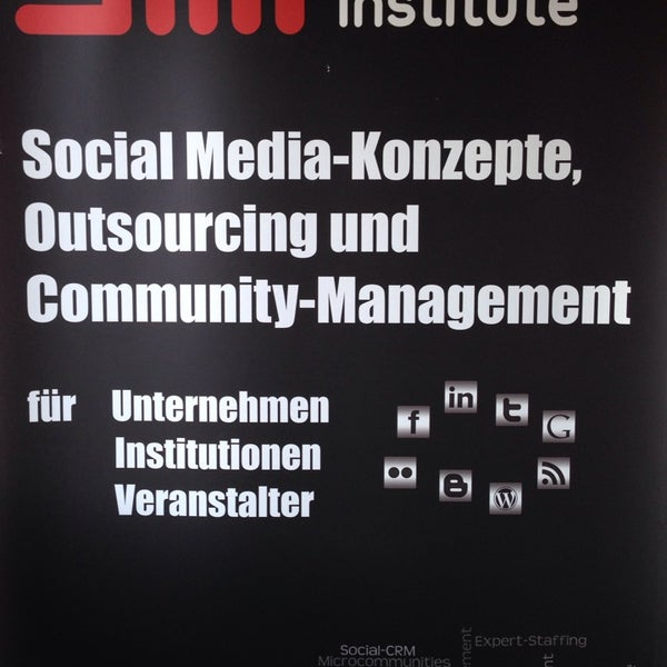 Das Foto wurde bei SMI SocialMedia Institute - Creative-Office von Lars K. am 2/20/2014 aufgenommen