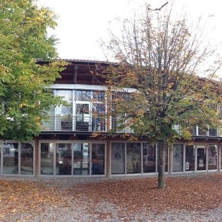 Das Foto wurde bei SMI SocialMedia Institute - Creative-Office von Lars K. am 12/19/2012 aufgenommen