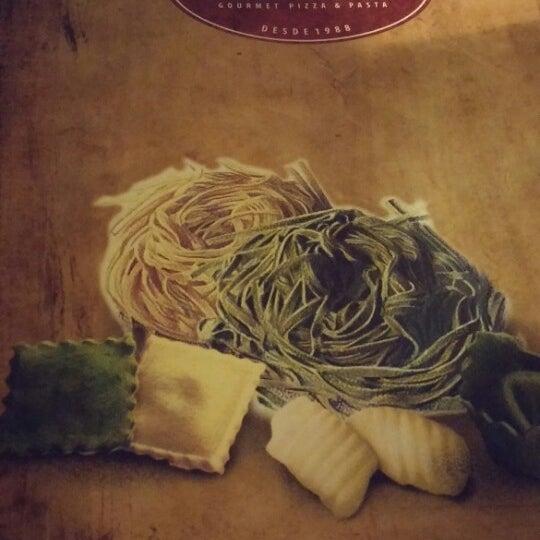Foto tirada no(a) Di Andrea Gourmet Pizza & Pasta por Marcelo C. em 7/1/2014