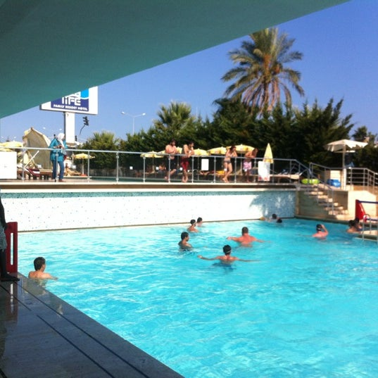 9/18/2012 tarihinde Jonathan R.ziyaretçi tarafından Sea Life Resort Hotel'de çekilen fotoğraf