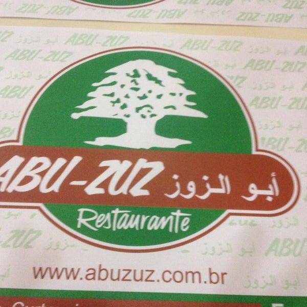 Foto tirada no(a) Abu-Zuz por Rodrigo E. em 5/23/2014