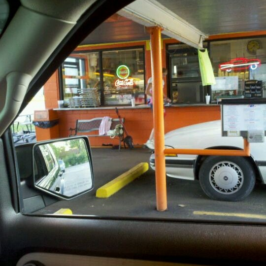 Photo taken at Eddie's Drive In by Casey S. on 8/26/2011