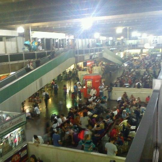 Photo taken at Terminal Rodoviário Governador Israel Pinheiro by Flávio S. on 10/12/2012
