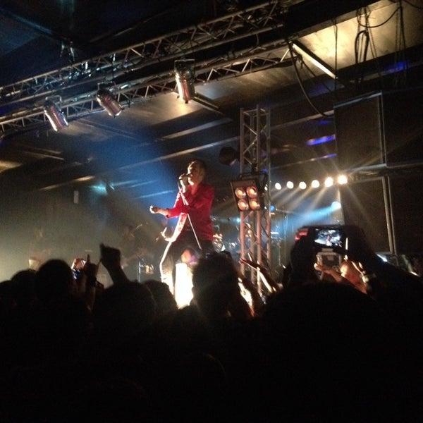 Foto scattata a Velvet Club & Factory da Kristina L. il 4/5/2014