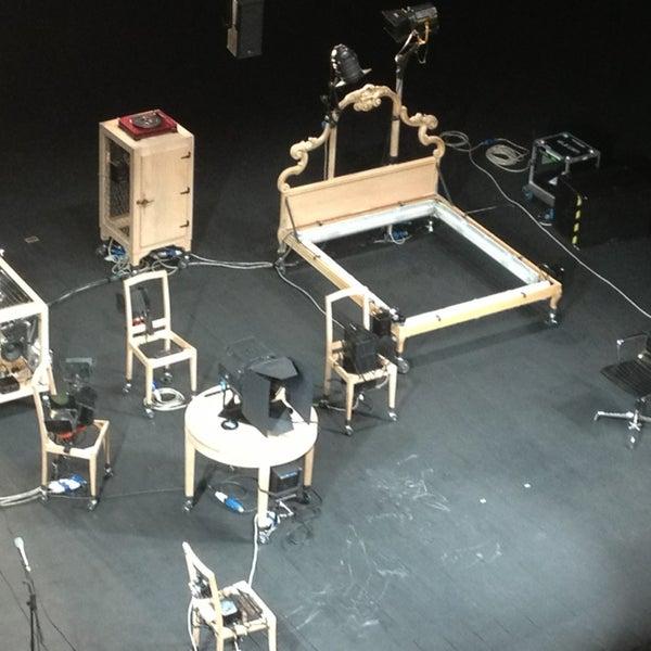 Foto diambil di Teatro Metastasio oleh Silvia pada 2/9/2013
