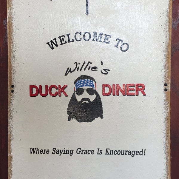 Photo taken at Willie's Duck Diner by Mark W. on 8/7/2015