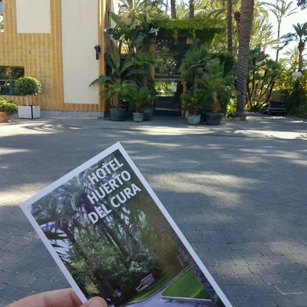 Foto tomada en Hotel Huerto del Cura por Fran Hernández G. T. el 8/6/2016