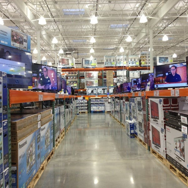 photo taken at costco wholesale by jason on 7312013