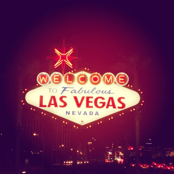 Photo taken at Welcome To Fabulous Las Vegas Sign by Jes K. on 2/12/2013