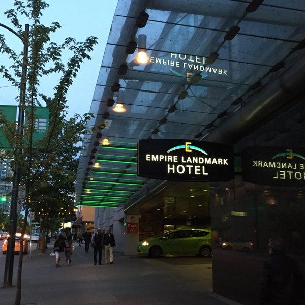 Photo taken at Empire Landmark Hotel by Ruud B. on 5/15/2016