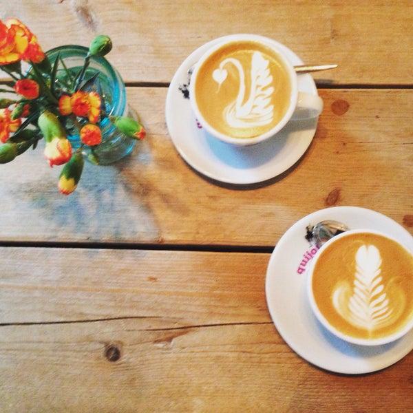 Photo taken at Kaffeewerk Espressionist by Marc on 2/23/2017