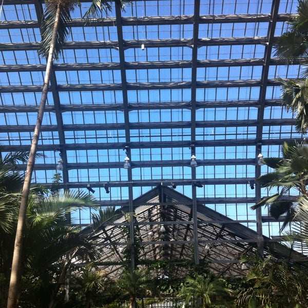 Photo taken at Garfield Park Conservatory by Shoni C. on 4/5/2013