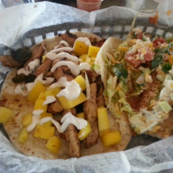 Photo taken at Torchy's Tacos by Barron F. on 3/10/2013