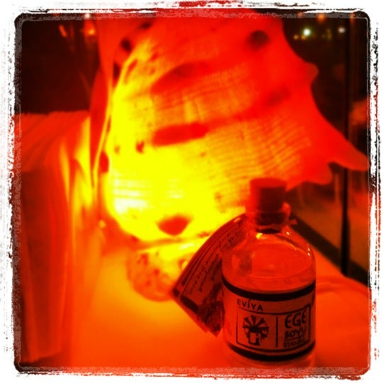 11/12/2012 tarihinde Şule👻ziyaretçi tarafından Foça Fish Gourmet'de çekilen fotoğraf