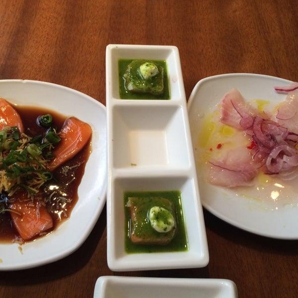 รูปภาพถ่ายที่ Saikou Sushi โดย Bruno C. เมื่อ 10/28/2014