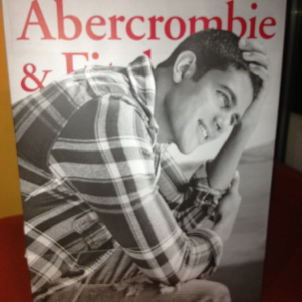Photo taken at Abercrombie & Fitch by Vincent M. on 11/11/2013